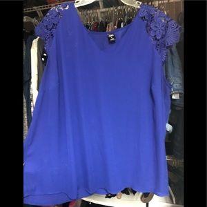 Blue lace top 3x